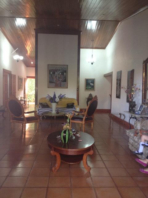 Santo domingo por la iglesia - Casas Nicaragua